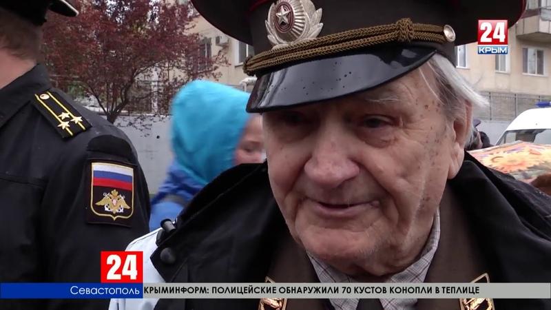 В день начала освобождения Севастополя от немецко-фашистских захватчиков в город «Поезд Победы»