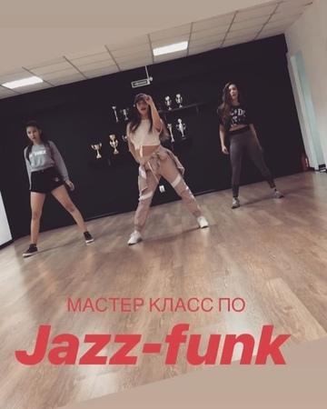 Dance_studio_kingz video