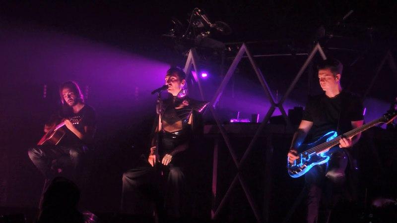 Tokio Hotel Live - Schwarz - Berlin 21.04.2018 - Dream machine Tour 2018