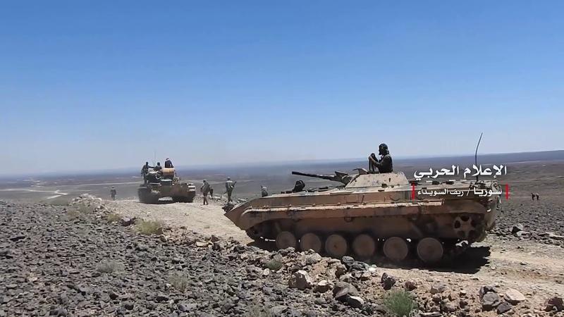 خاص مشاهد من تمشيط الجيش السوري لآبار الدياثة والعجيلات في بادية السويداء الشرقية بعد طرد داعش منها