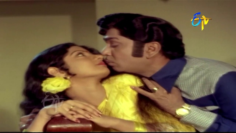 Chitapata Chinukula Full Video Song | Muddula Koduku | ANR | Sridevi | Jayasudha | ETV Cinema