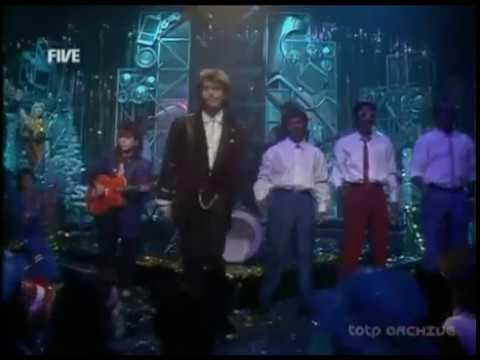 Paul Young - Everytime You Go Away (Second Performance) (Live on TOTP Christmas 1985)