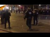 La fête à Paris est allée trop loin. Les pompiers et la police ont dû intervenir