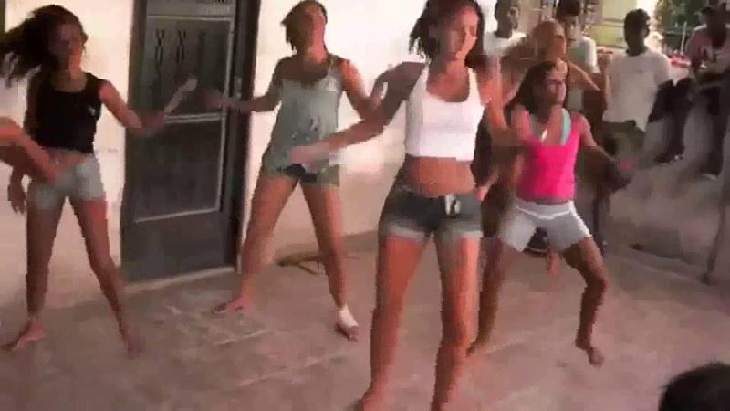 Meninas dançando o HINO NACIONAL versão FUNK Copa do mundo 2018