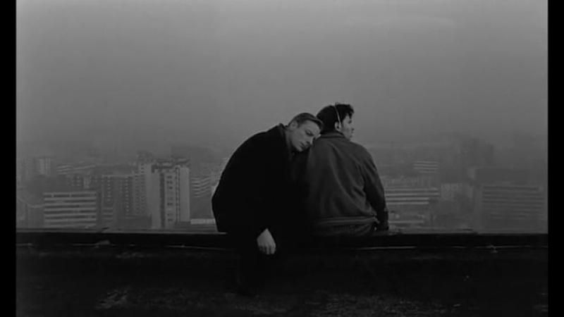 Небо над Берлином _ Der Himmel über Berlin (1987). Самоубийца