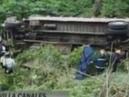 В Гватемале автобус со студентами рухнул с 70-метрового обрыва, 8 человек погибли - Вести 24