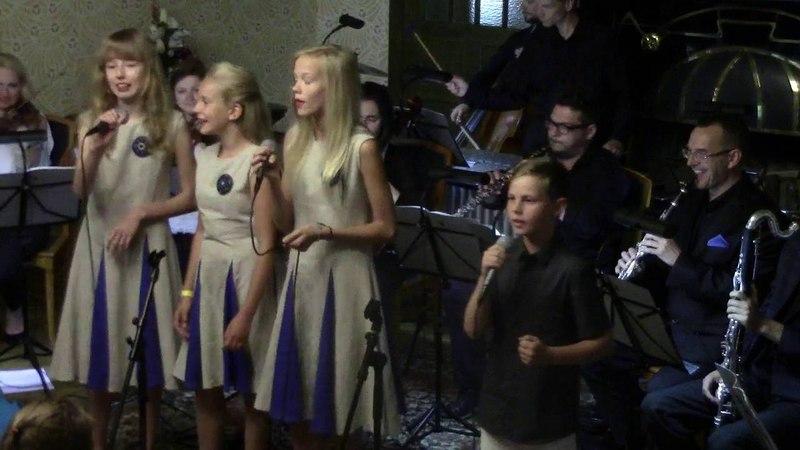 Arvo Pärt Aatomiku laul / Kert Johan Sommer, Tähtihellad.