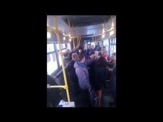 Гастролирующая воровка-карманница попалась в автобусе № 63.