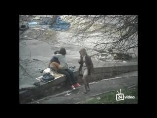 skrytaya_kamera_trah_na_ulitse.mp4