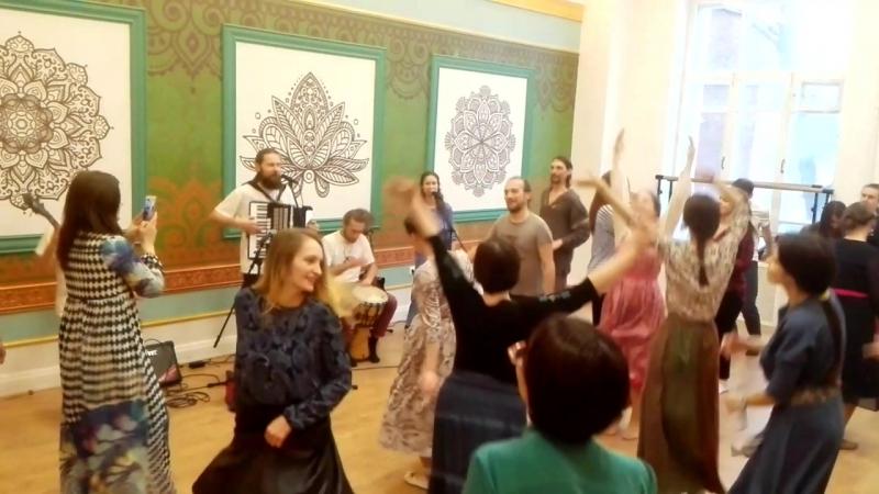 11.03.2018 Счастье - новая песня группы ХорошО-да-ЛаднО, концерт в Москве.