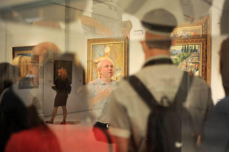 Экскурсию на языке жестов проведут в Музее русского импрессионизма на Ленинградском проспекте