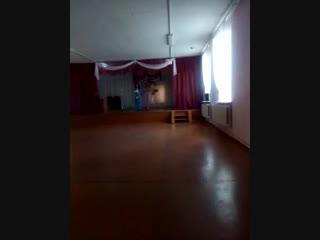 Наталья Гостенина, с песней Афганский вальс. Дом Культуры с.Белокаменка. 9 мая 2