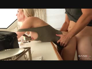Bang - bang real milfs - is a housewife who snuck out from her husband to fuck!