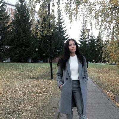 Алина Буркова