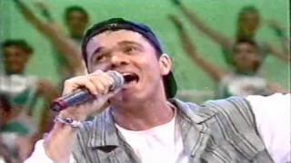 Netinho cantando Total em 1994 no Domingão do Faustão II