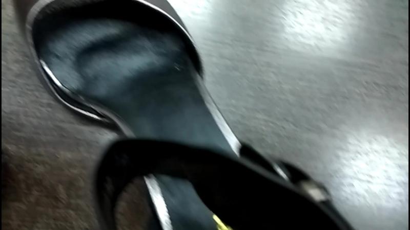 Стильные босоножки на устойчивом декорированном каблуке barracudaбарыш