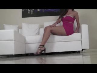 She seduces beautiful legs
