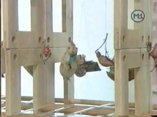 staroetv.su / Наши в городе! (М1, декабрь 2002) Выставка ёлочных игрушек
