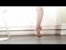 Как гнутся ноги балерины