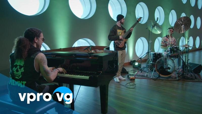 Cameron Graves Trio - Planetary Prince (live @TivoliVredenburg Utrecht) » Freewka.com - Смотреть онлайн в хорощем качестве