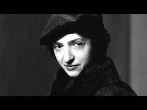 Clara Haskil plays Mozart concerto no.9 in E flat major K. 271 Jeunehomme