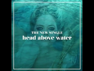 avrillavigne Tag someone in the comments who helps you keep your head above water and let them know you love them!