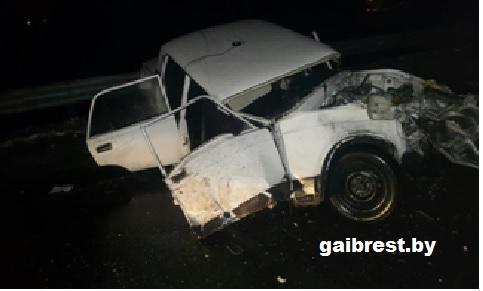 В Лунинецком районе служебный автомобиль милиции попал в ДТП, погиб участковый