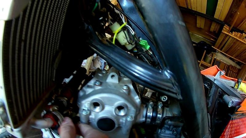 BSE J5. Регулировка клапанов. Мотор ZS177mm