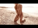 нудистка hot horny cute girl nude on the beach