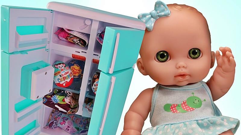 Много сюрпризов в холодильнике Открываем Маша и медведь Пони Щенячий патруль Барби Зырики ТВ Пупсики