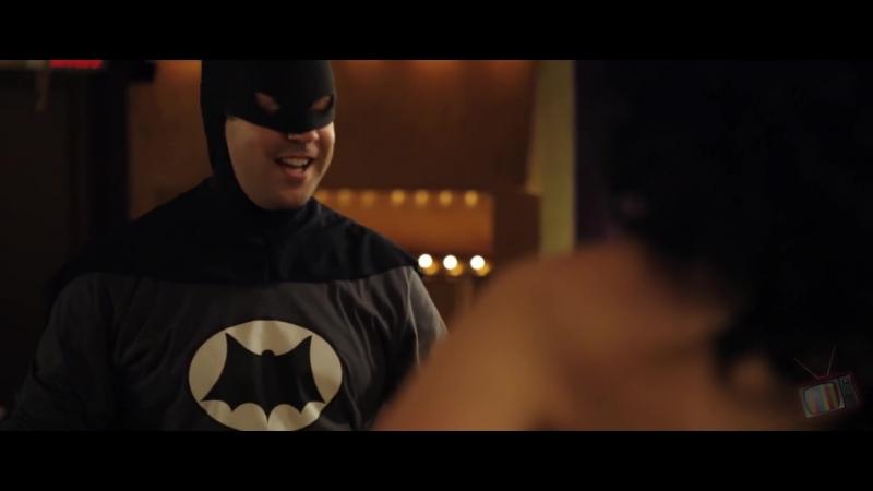 Бэтмен и Робин ловят Пингвина Муви 43 2013 Момент из фильма