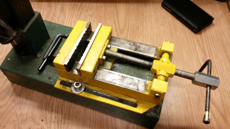 Самодельные тиски для сверлильного станка А vise for the drill press homemade cfvjltkmyst nbcrb lkz cdthkbkmyjuj cnfyrf f vise f