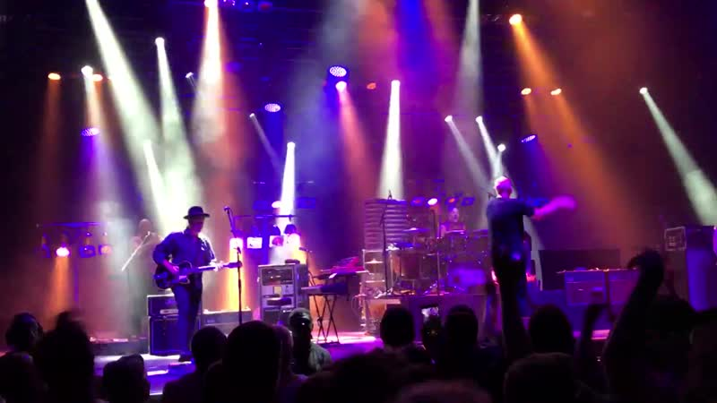 20. Midnight Oil - Best Of Both Worlds (live at Olympia 25.07.17)