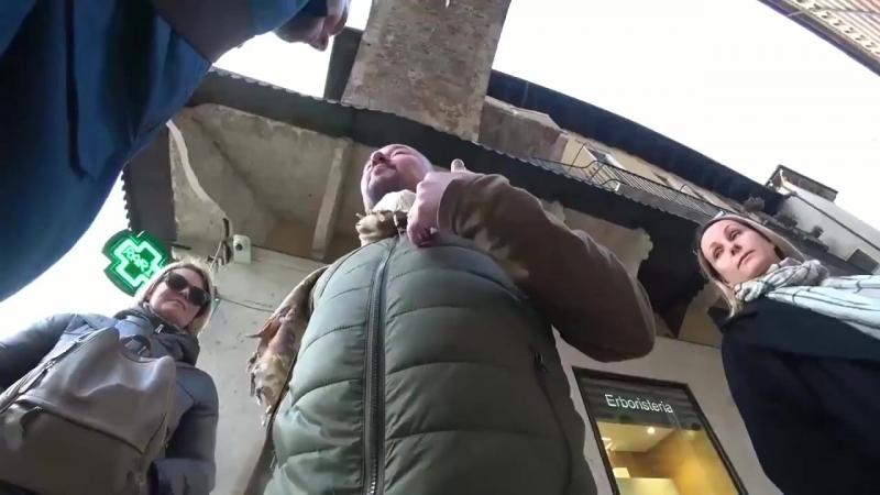Украинский десантник харканул в рожу пропагандону Шейнину