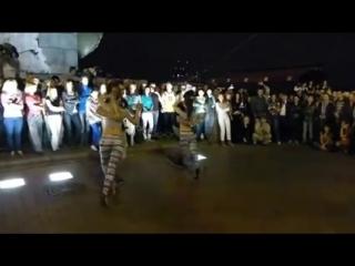 Очень красивый танец Kizomba Semba Hypnosis for male eyes (смотреть до конца) ( 240 X 426 ).mp4