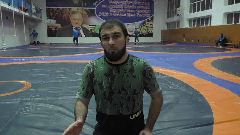Зелимхан Гусейнов тренер сборной Азербайджана на Кадыровском турнире 2018 г.