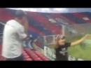 A torcida do San Lorenzo começou a gritar o nome do TOKINHO pra torcida do Atlético-MG lá