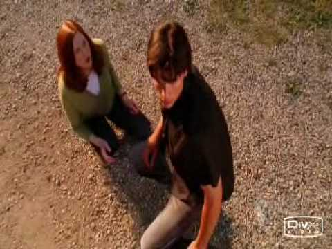 Smallville - Clark Lana - Holding Out For A Hero