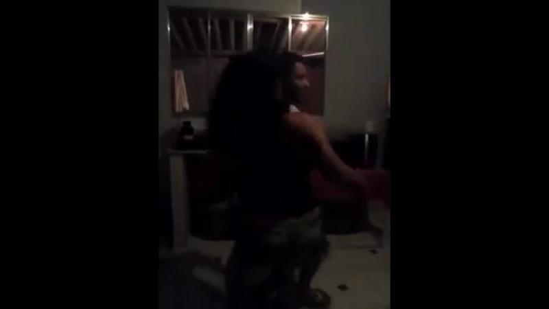 Dançando forro mãe e filho