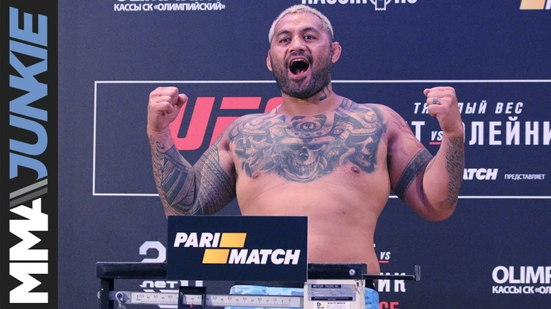 UFC Moscow: Headliners Mark Hunt, Aleksei Oleinik hit scales at official weigh ins