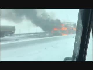 Взрыв машины на трасса М4 Дон