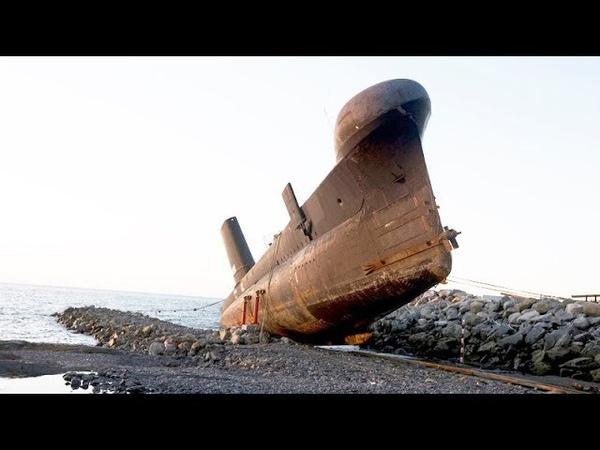 Abandoned Submarines - Wreckage of Sub Compilation