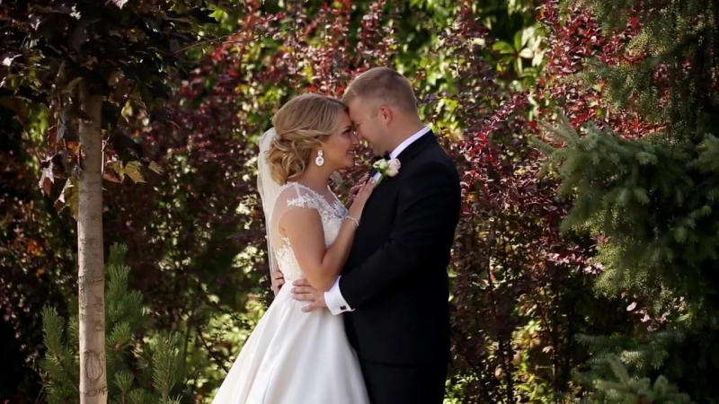 Красивая история любви Хотите быть в главной роли не упустите возможность заказать съемку свадьбы в нашей студии