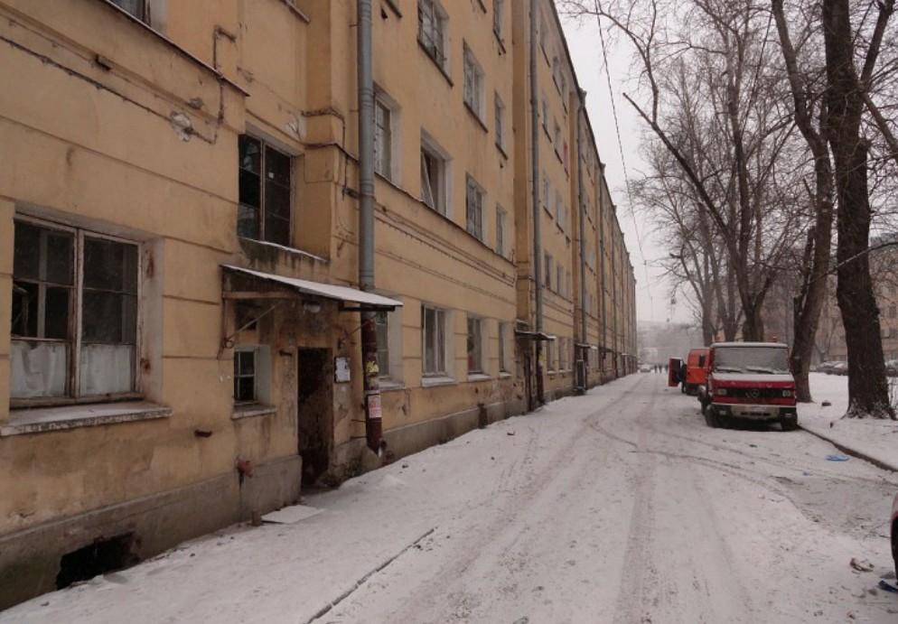 Заброшенный дом на улице Бабушкина 133