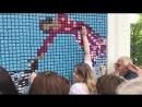В Питере собрали полотно Шагала из трёх тысяч конфет (14.07.2018)