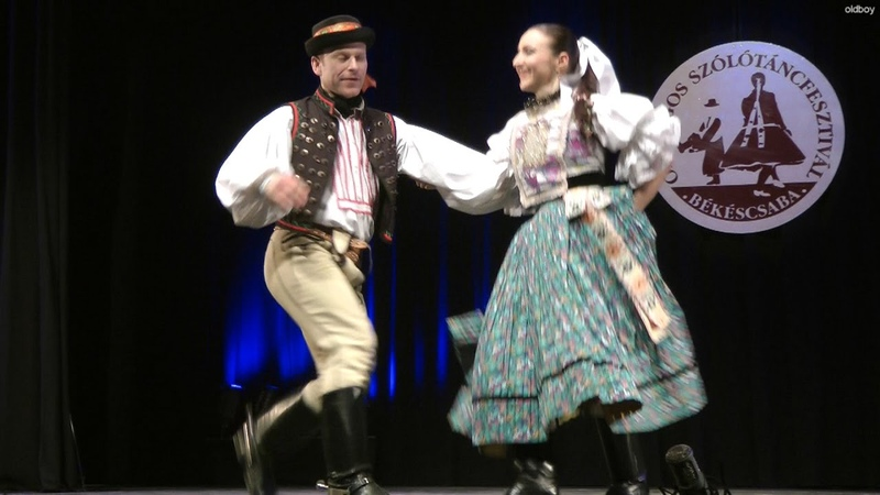 Klára s György Pozdisovcei táncok