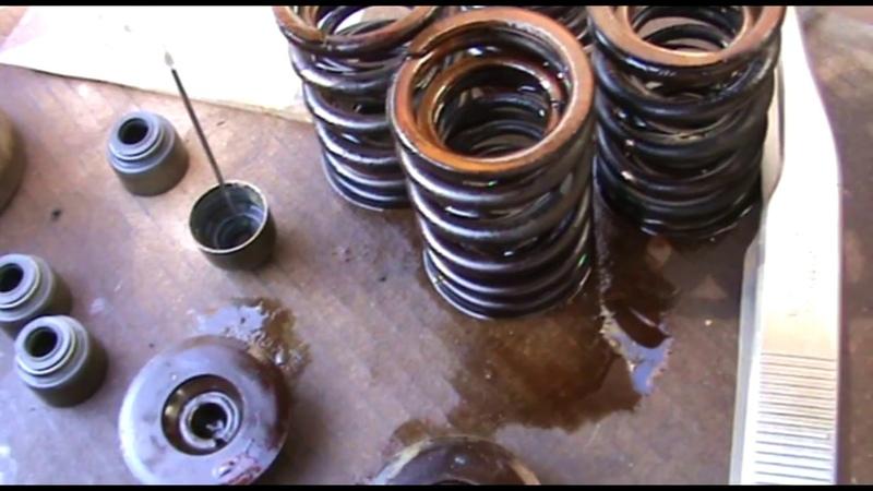 Замена маслосъемных колпачков на Suzuki Escudo, двигатель H20A
