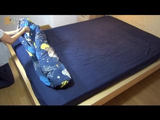Как быстро и просто заправить одеяло в пододеяльник