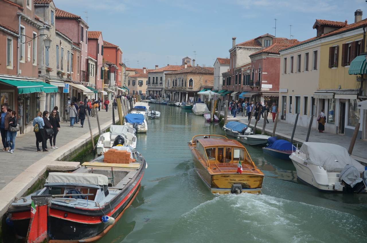 TIlhdP2D8SE Мурано остров в Италии (Венеция).