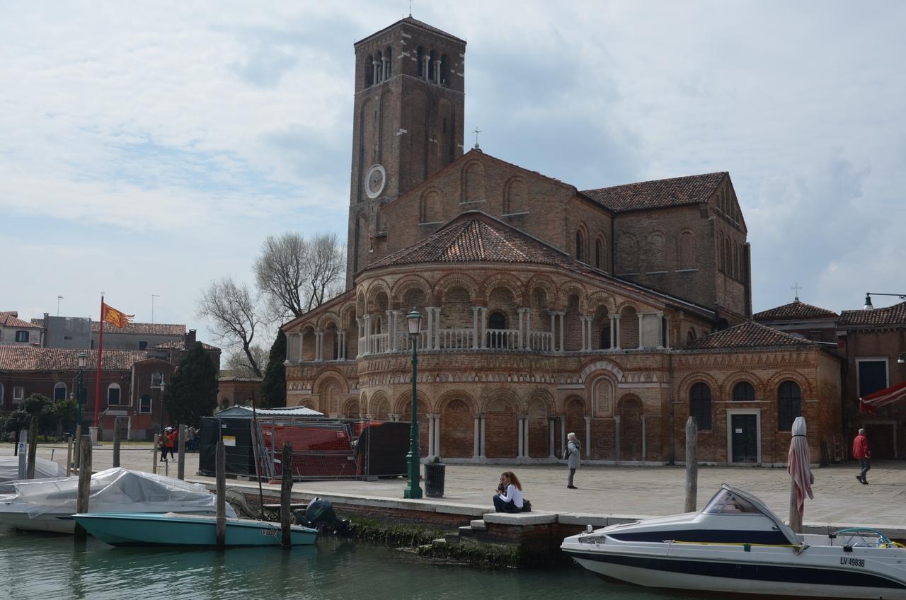 2n3Jtw4-JIo Мурано остров в Италии (Венеция).